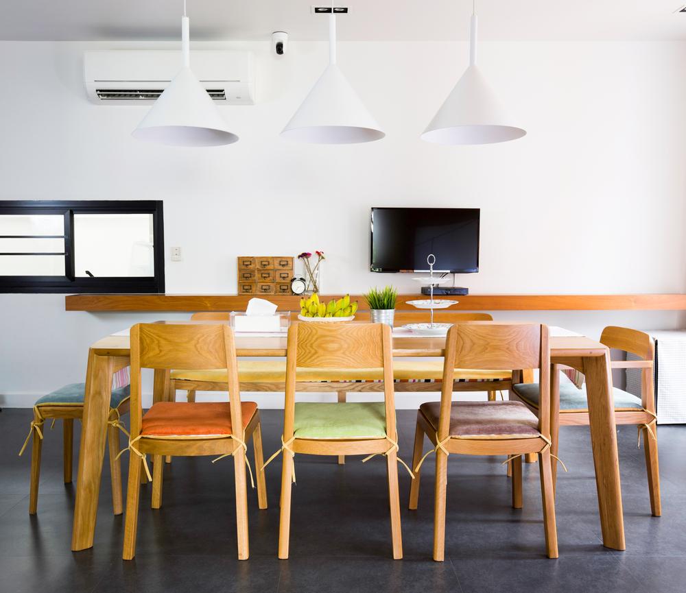 9 consejos de decoraci n para comedores en madera for Comedores minimalistas de madera