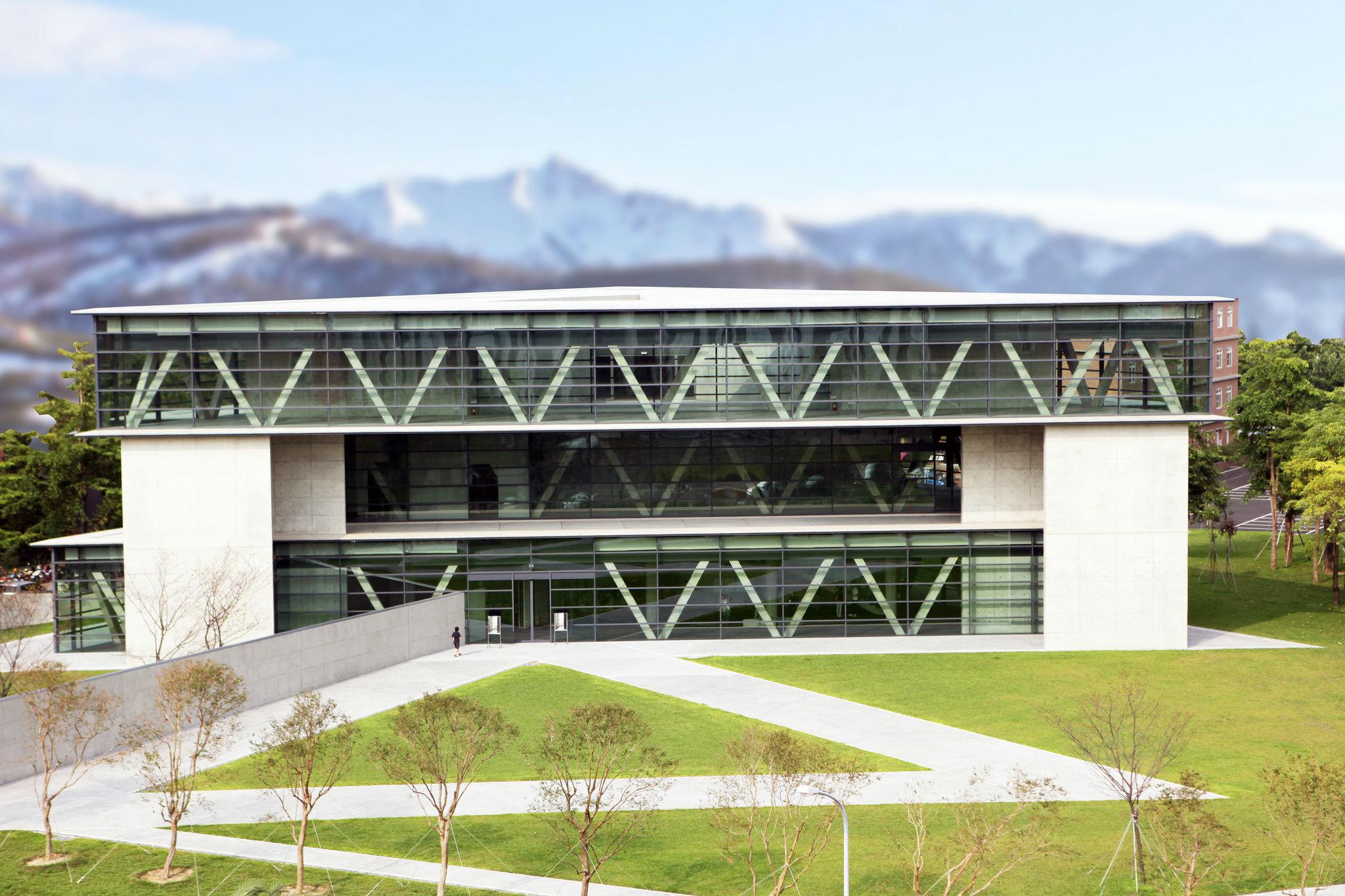 Fachadas de casas minimalistas revista lamudi for Imagenes de arquitectura minimalista