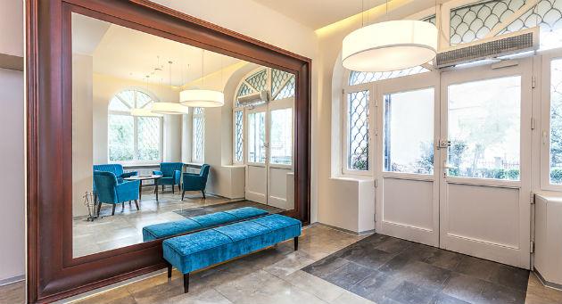 Tipos de espejos para decorar un hogar revista lamudi for Espejo pared completa